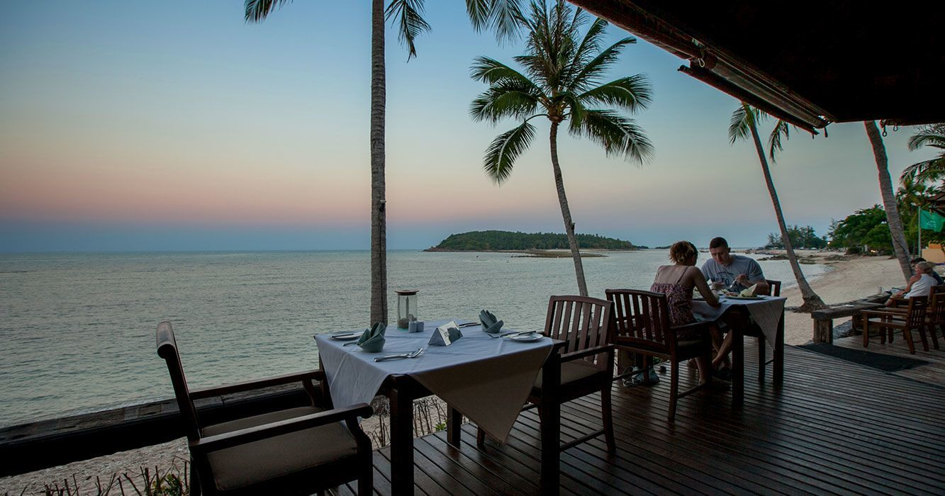 beach dining samui